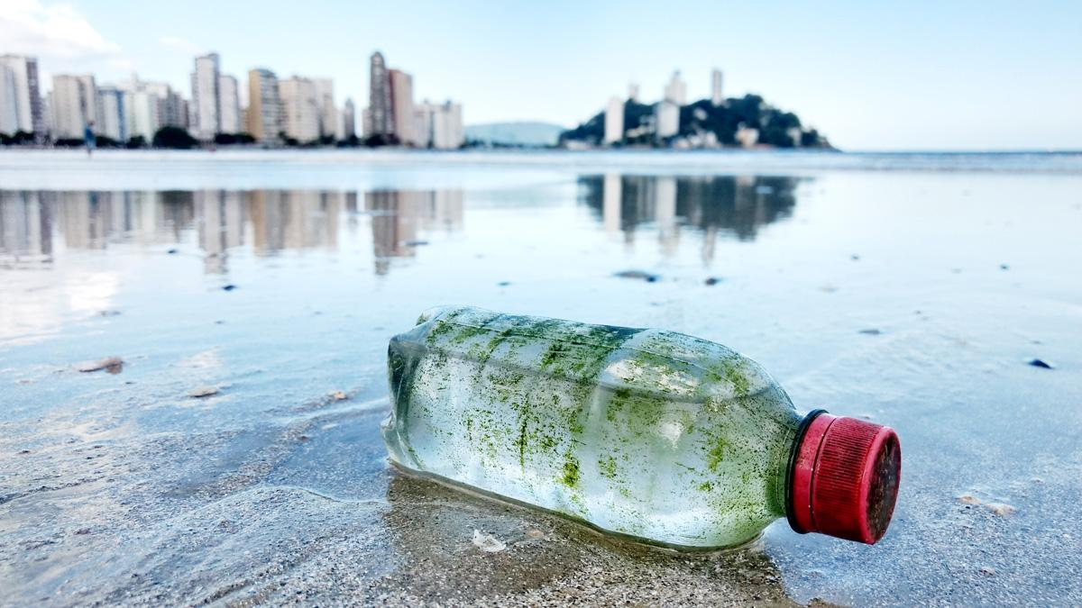 image Surfrider Plastic Pollution