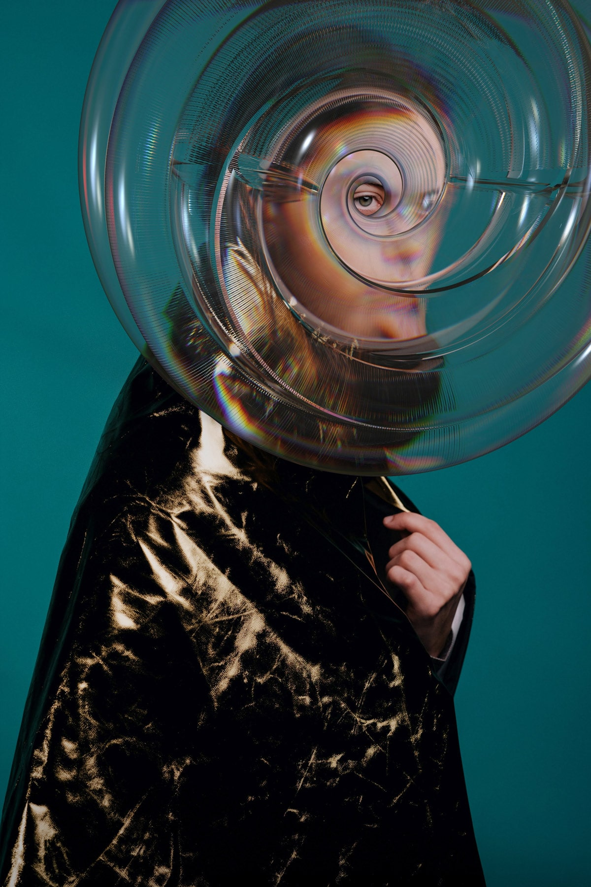 model poses behind bubble illusion
